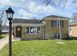 435 Holly Court - Photo 1