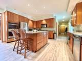 1712 Clarence Avenue - Photo 4
