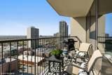 1560 Sandburg Terrace - Photo 10