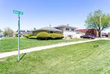 15365 Dobson Avenue - Photo 3