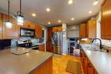 1035 Forest Avenue - Photo 8