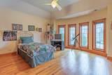 902 Burr Oak Court - Photo 31