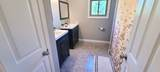 17027 Forest Avenue - Photo 32