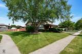 17201 Valley Drive - Photo 2