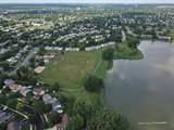 1079 Parkview Circle - Photo 32