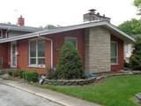 16305 Woodlawn East Avenue - Photo 2