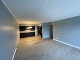 220 Roselle Road - Photo 3
