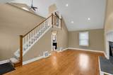 7607 Clarence Avenue - Photo 4