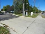 300 Carlton Avenue - Photo 5