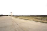760 Progress Parkway - Photo 2