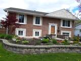 722 Surrey Drive - Photo 5