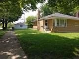 7956 Sawyer Avenue - Photo 2