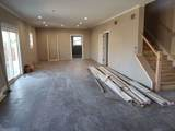 908 Foxview Drive - Photo 15