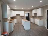 908 Foxview Drive - Photo 6