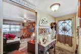 5715 Gainsborough Place - Photo 11