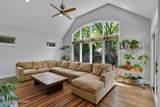 595 Colwyn Terrace - Photo 7