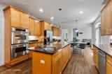 595 Colwyn Terrace - Photo 9