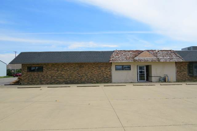 1005 W Oak Street, Fairbury, IL 61739 (MLS #10579844) :: Littlefield Group