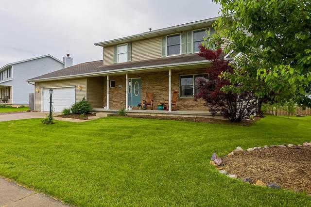 1417 Heather Drive, Mahomet, IL 61853 (MLS #10732585) :: Jacqui Miller Homes
