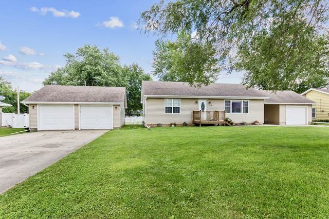 374 N Park Road, Herscher, IL 60941 (MLS #10795049) :: John Lyons Real Estate