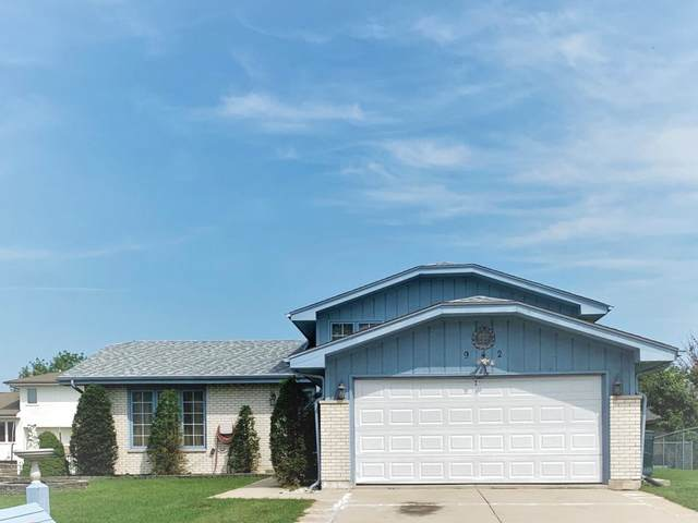942 Princeton Avenue, Romeoville, IL 60446 (MLS #10887737) :: The Wexler Group at Keller Williams Preferred Realty