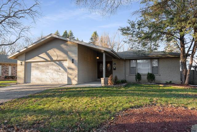 4130 Oakwood Lane, Matteson, IL 60443 (MLS #10890984) :: BN Homes Group