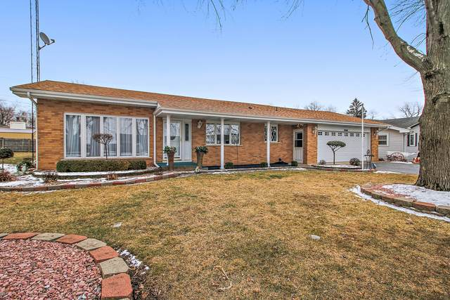22 W Circle Drive, St. Anne, IL 60964 (MLS #10902264) :: The Wexler Group at Keller Williams Preferred Realty