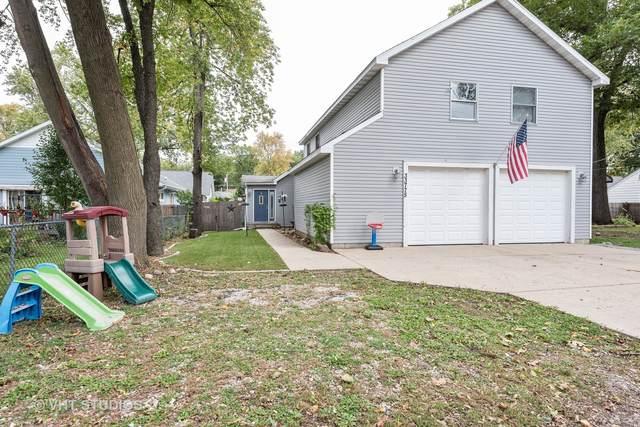33775 N Lake Shore Drive, Grayslake, IL 60030 (MLS #10903998) :: Jacqui Miller Homes