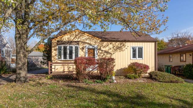 527 N Lakewood Terrace, Round Lake, IL 60073 (MLS #10934650) :: Helen Oliveri Real Estate