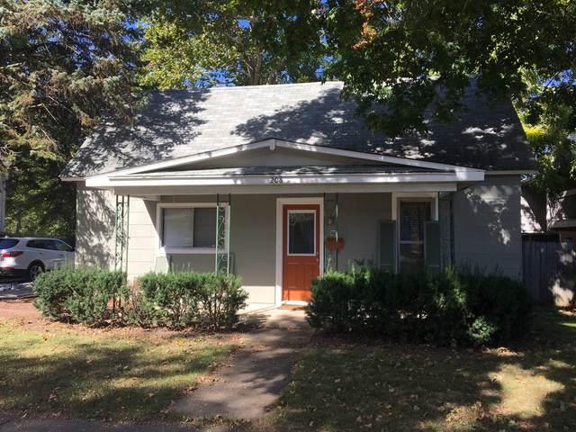 208 W Charles Street, Champaign, IL 61820 (MLS #10934873) :: Helen Oliveri Real Estate
