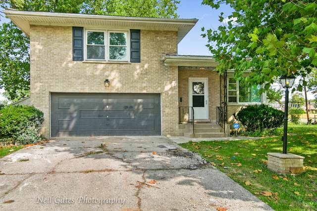 1115 Nichols Lane, Maywood, IL 60153 (MLS #10934977) :: Lewke Partners