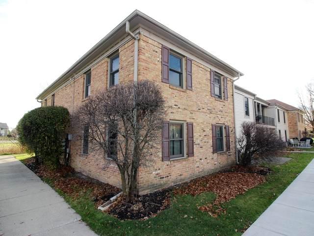 1711 Sussex Walk 2E, Hoffman Estates, IL 60169 (MLS #10935140) :: Lewke Partners