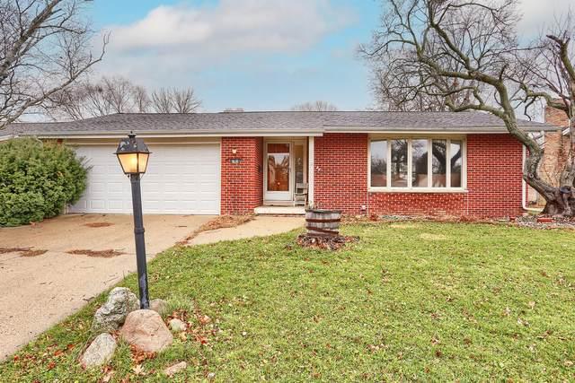 906 Harmon Street, Urbana, IL 61801 (MLS #10935335) :: Ryan Dallas Real Estate