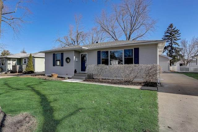 1202 N William Street, Joliet, IL 60435 (MLS #10935607) :: Schoon Family Group