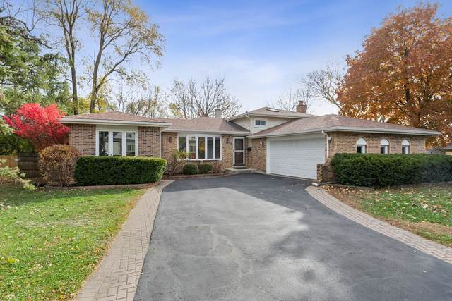 24 Fairview Court, Clarendon Hills, IL 60514 (MLS #10935619) :: Lewke Partners