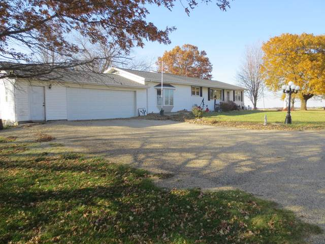 2114 Waynesville Road, Waynesville, IL 61778 (MLS #10936358) :: Janet Jurich