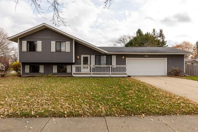 1009 Sutton Drive, Crystal Lake, IL 60014 (MLS #10936408) :: John Lyons Real Estate