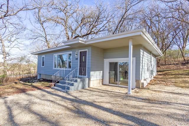 2025 Sherman Boulevard, Crystal Lake, IL 60014 (MLS #10936631) :: John Lyons Real Estate