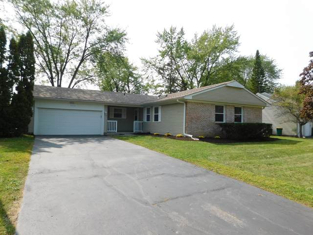 1122 Parker Lane, Buffalo Grove, IL 60089 (MLS #10936668) :: Jacqui Miller Homes