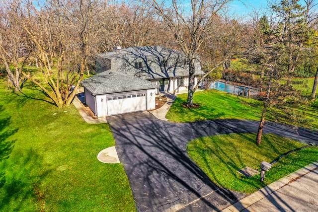 2 Aberdeen Road, Hawthorn Woods, IL 60047 (MLS #10936730) :: Helen Oliveri Real Estate