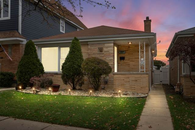 7527 N Octavia Avenue, Chicago, IL 60631 (MLS #10937033) :: BN Homes Group
