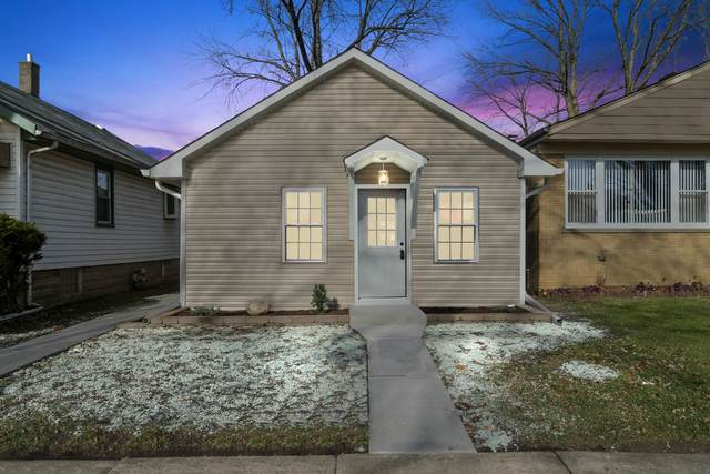 8236 44TH Place, Lyons, IL 60534 (MLS #10937218) :: BN Homes Group