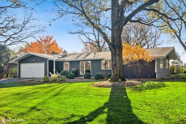 145 E Hillside Road, Barrington, IL 60010 (MLS #10937370) :: Janet Jurich