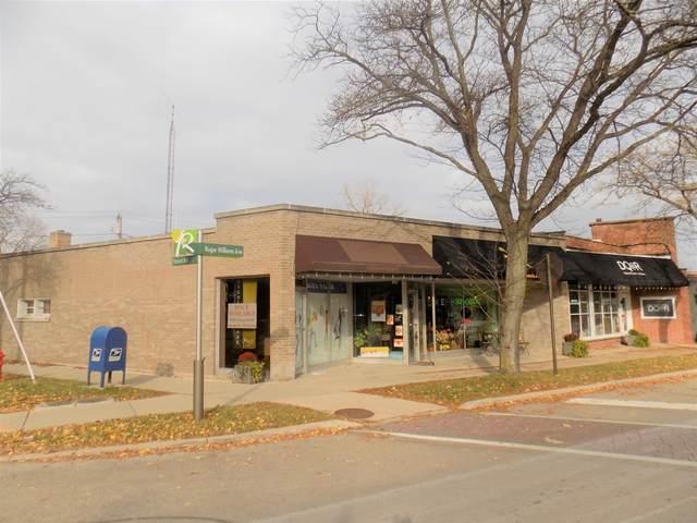 597-599 Roger Williams Avenue, Highland Park, IL 60035 (MLS #10937695) :: Lewke Partners