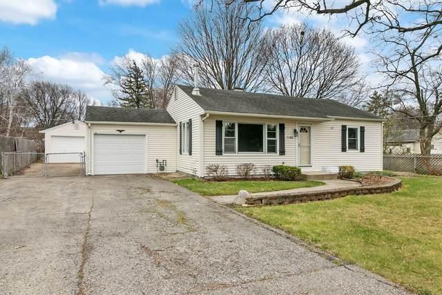 32955 N Wayside Place, Grayslake, IL 60030 (MLS #10937728) :: Littlefield Group