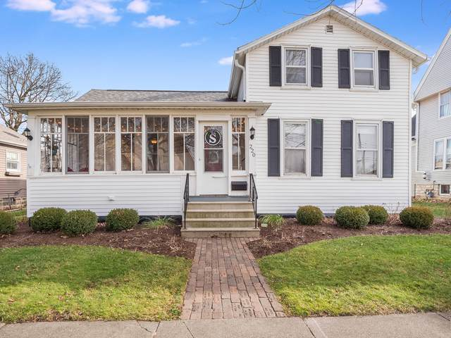 220 S Maple Street, Sycamore, IL 60178 (MLS #10937941) :: Lewke Partners