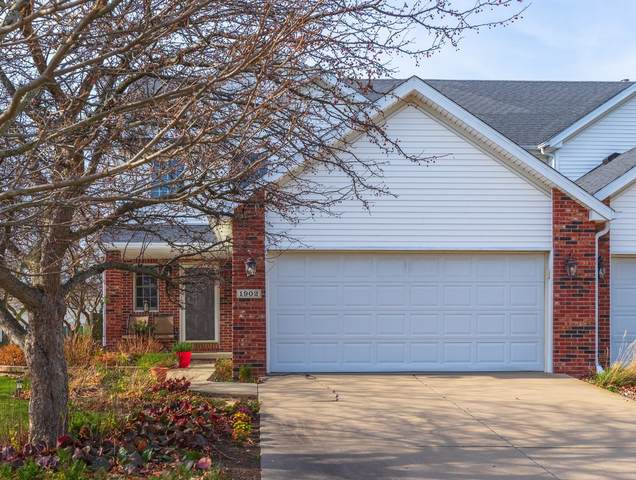 1902 Vladimir Drive, Bloomington, IL 61704 (MLS #10938615) :: John Lyons Real Estate