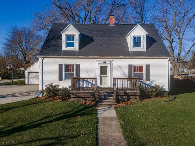 607 N Center Street, Gridley, IL 61744 (MLS #10939129) :: The Wexler Group at Keller Williams Preferred Realty