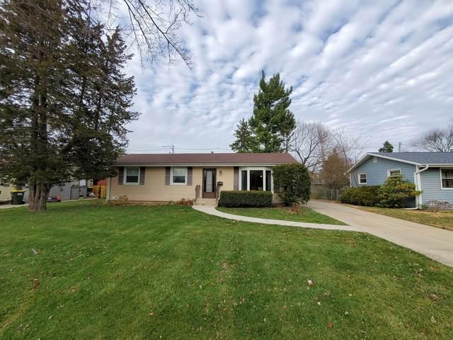 181 Mohawk Drive, Carol Stream, IL 60188 (MLS #10939207) :: Lewke Partners