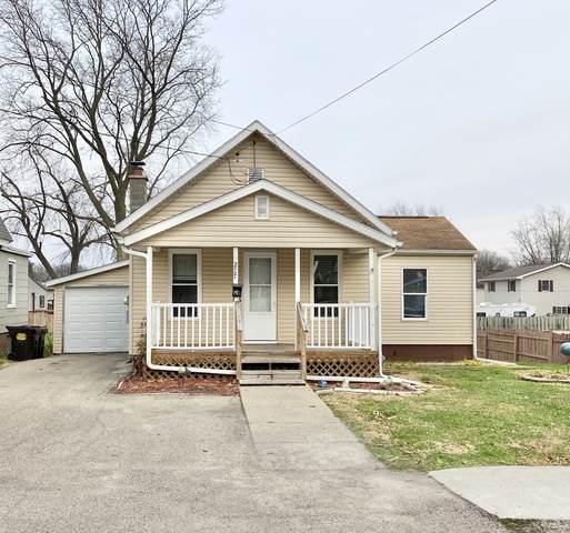 227 Avenue C, Rock Falls, IL 61071 (MLS #10939265) :: Helen Oliveri Real Estate